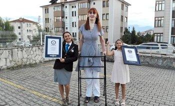 Rumeysa Gelgi mide 2,15 metros