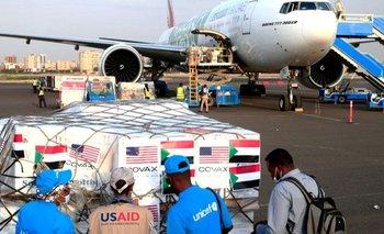 Un envío de vacunas contra la covid del mecanismo Covax aterrizó en Sudán a principios de octubre.