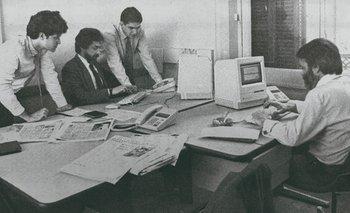 Parte del equipo de la sección de economía en octubre de 1991