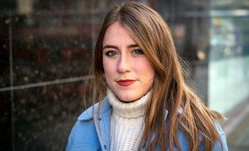 Una nueva investigación, compartida con la BBC, revela que las mujeres tienen más probabilidades de sufrir este tipo de abuso que los hombres