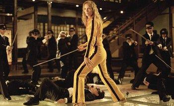 La actriz Uma Thurman sufrió un accidente de automóvil que le aplastó las rodillas en el rodaje de Kill Bill