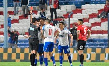 González expulsó correctamente a Ramírez