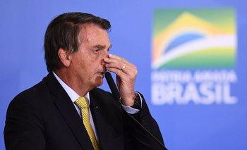 El presidente de Brasil, Jair Bolsonaro, es acusado por los parlamentarios de cometer graves delitos contra la humanidad durante la pandemia