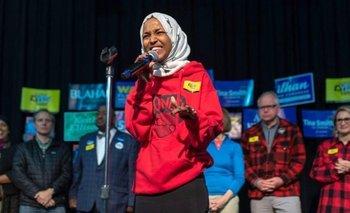Ilhan Omar resultó electa por el Distrito 5 del estado de Minnesota.