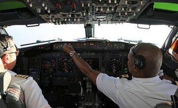 Pilotos de dos aerolíneas dijeron que vieron luces muy brillantes cuando volaban sobre Irlanda