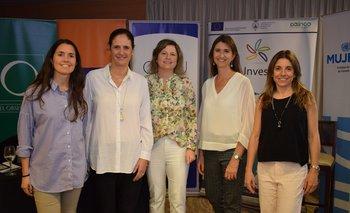 Florencia Lecueder, Elisa Facio, Andrea Belollio, Ana Inés Maranges y Virginia Geninazi