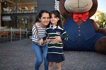 Victoria Viera y josefina Rodríguez