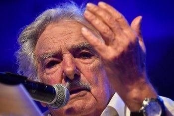 Mujica mantuvo una videoconferencia por Zoom con el expresidente brasileño y líder del PT