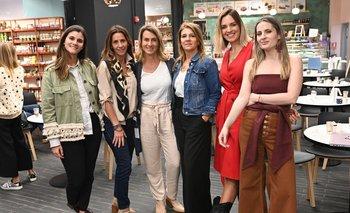 Camila Abreu,  Lorena Bello,  Ana Delisante , Verónica Cataldi, Flor Scharenberg y Path Sánchez