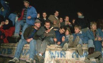 l 9 de noviembre de 1989 se abrió el Muro de Berlín, que había dividido a la ciudad durante casi 30 años.