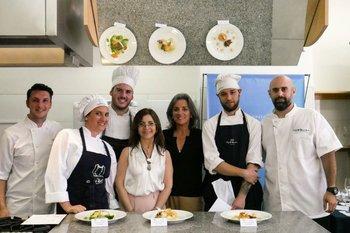 Daniel Grezzi, Mónica Hasard, Franco Fonseca, Giselle Bizzozero, Ana Bello, Lucas Rodríguez y Juan M. Grassano