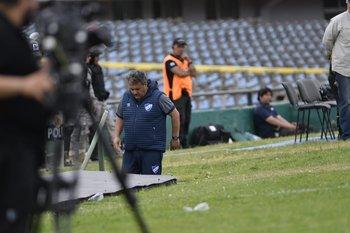 El profe Giarruso fue expulsado minutos después de la jugada de la polémica