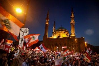 Los libaneses salieron a las calles de Beirut a protestar el 17 de noviembre