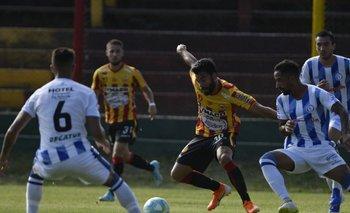 Leandro Sosa, volante de Progreso