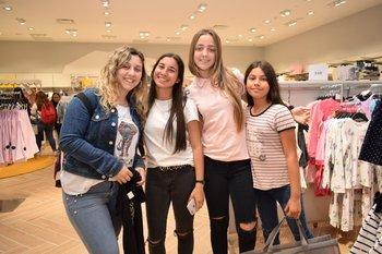 Micaela Techera, Tatiana Rodríguez, Candelaria Techera y Lucia Da Silva