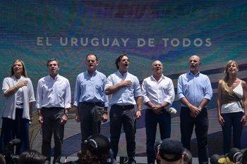 Los principales líderes de la denominada coalición multicolor el 30 de noviembre de 2019