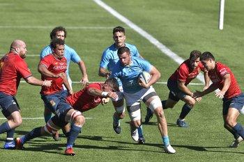 Uruguay va por el primer paso al Mundial