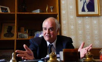 El senador herrerista salió al cruce de los planteos de la oposición