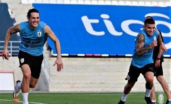 Edinson Cavani y Lucas Torreira