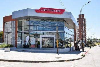 La sede central de Jetour y Karry se encuentra en en avenida Italia 4705, en Malvín.