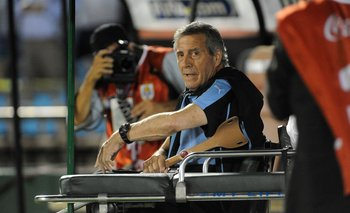 Óscar Tabárez contra el rompecabezas de las lesiones