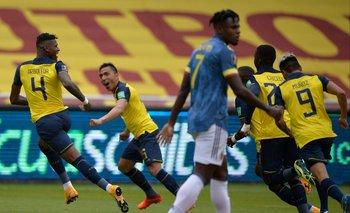Robert Arboleda celebra su gol