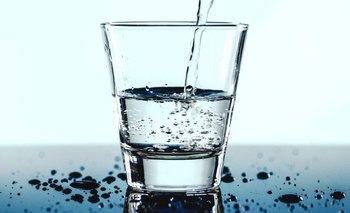 Es importante hidratarse durante todo el día