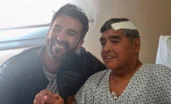 El médico Leopoldo Luque y Diego Maradona