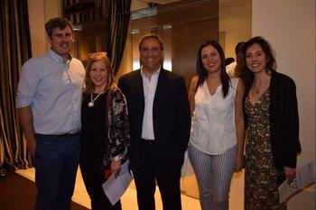 Martin Schenove, Patricia Nirenberg, Francisco Jaureguy, Natalie Pena y Cecilia Martínez