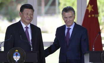 El presidente de China, Xi Jinping, junto al de Argentina, Mauricio Macri