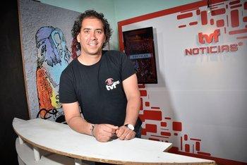 Yuset Báez González es cronista de prensa de TVF Noticias, uno de los noticieros de Florida.