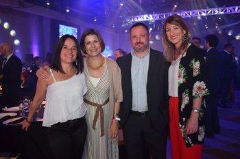 Carina Lepra, Teresa Cometo, Gabriel Sanchis y Paula Brugnini