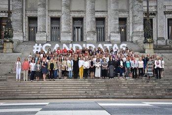 Mujeres Políticas en la explanada del Parlamento organizada por ONU Mujeres.