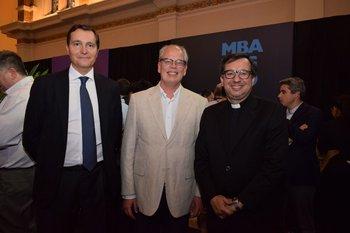 Jesus Casado, Paulo Olascoaga y Julio Fernández Techera
