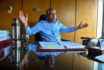 El diputado de la Lista 711 cuestiona la gestión del ministro Salinas