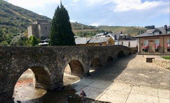 Puente de Molinaseca