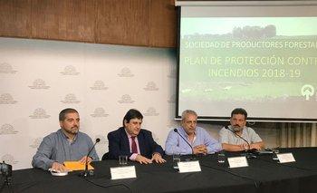 Traversa, Soust, Ligrone y Sosa en la presentación del Plan de Protección Contra Incendios 2018/2019.