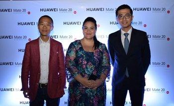 Henry Zhang, Jazmin Nuñez y Luis Xie