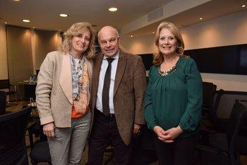 Rosario Manfredi, José Veloso y Marianela Gago