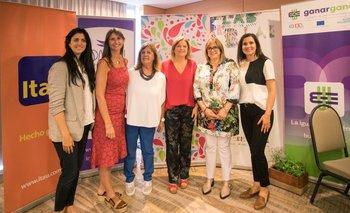 Lucia Cabanas, Ana Inés Maranges, Ana Lecueder, Andrea Bellolio, Elena Piriz y Enriqueta Portela