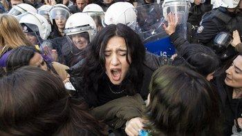 Esta no es la primera vez que las autoridades turcas reprimen una protesta feminista.