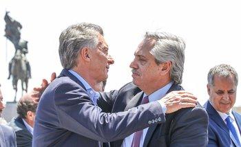 Macri se recupera en las encuestas mientras que Alberto sufre el impacto por violar la cuarentena.