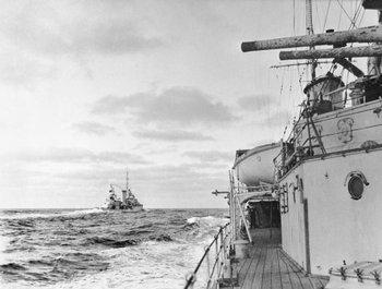 El crucero Achilles visto desde el Ajax durante la batalla naval contra el Graf Spee