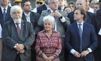 """La senadora del Frente Amplio dijo que el presidente está """"obsesionado con estar presente"""", pero no visita las ollas populares"""