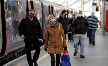 El Reino Unido es uno de los países más sacudidos por la pandemia; lleva casi 128 mil personas muertas a causa del covid-19