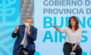 Alberto Fernández y Cristina Fernández en un acto en el Estadio Único del La Plata (Buenos Aires) este viernes