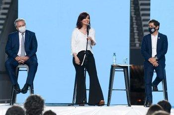 El presidente Alberto Fernández, la vicepresidenta Cristina Fernández y el gobernador de la Provincia de Buenos Aires, Axel Kicillof.