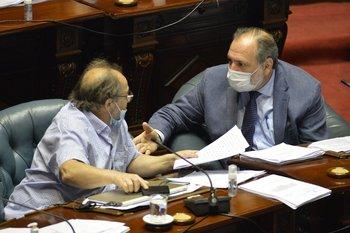 Daniel Olesker (FA) y Jorge Gandini (PN)