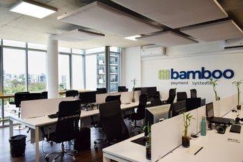 La empresa Bamboo Payment está pisando fuerte en el sector de procesamiento de pagos digitales.