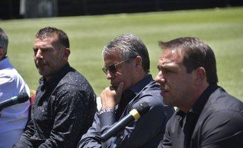 Ignacio Ruglio, Pablo Bengoechea y Gabriel Cedrés son quienes toman las principales decisiones deportivas en Peñarol